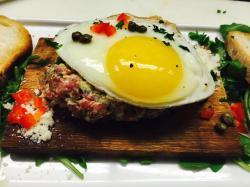 Gratzzi-Steak-Tartare