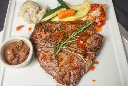 Porterhouse-Steak-22-oz